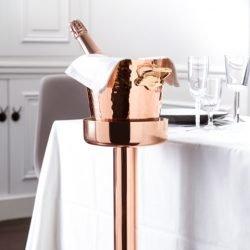 Mauviel Kupfer Champagnerkühler mit Flasche auf Ständer