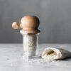 M888_018301_De Buyer Marlux Grobe Meersalzmühle PITOULEE und graues Meersalz
